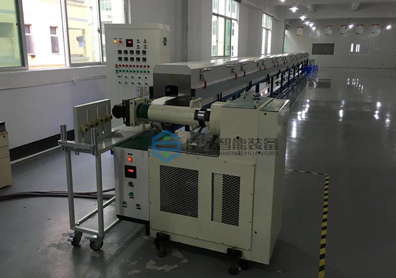 硅胶管挤出生产设备_臣泽智能
