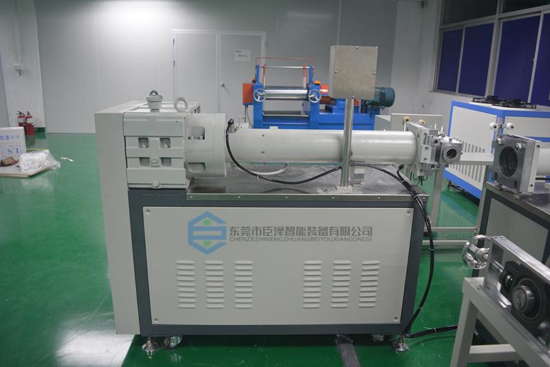 <strong>硅胶管挤出机_硅胶管挤出设备「生产工艺解析」</strong>